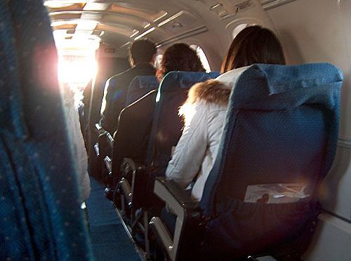 2 seats per row
