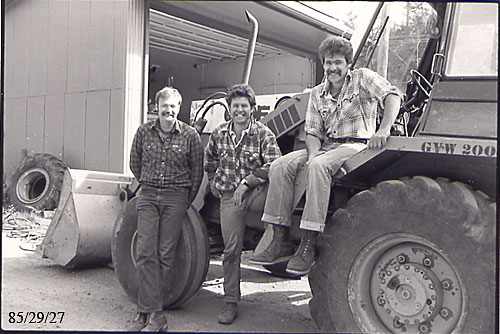 Larry Smith,Phil Hind,Gord Bateman