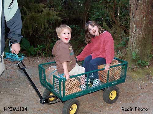 cute grandkids,eh? HPIM1134.jpg