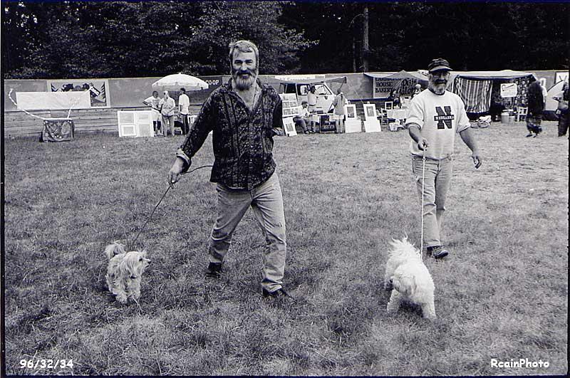 963234-pat-bob-dogs