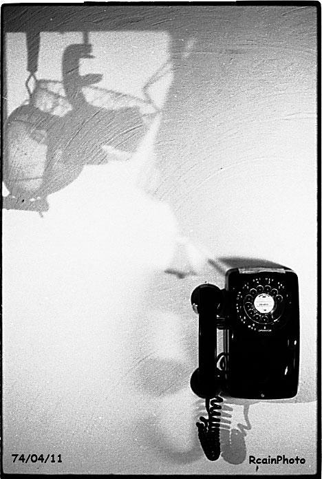 740411-telephone