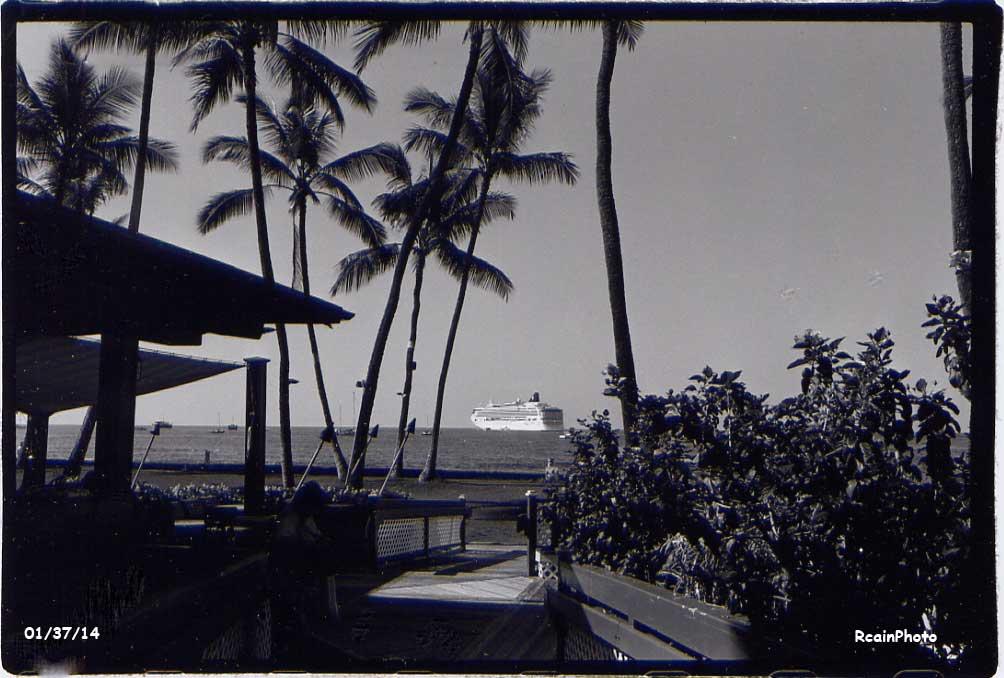 013714-cruise-ship