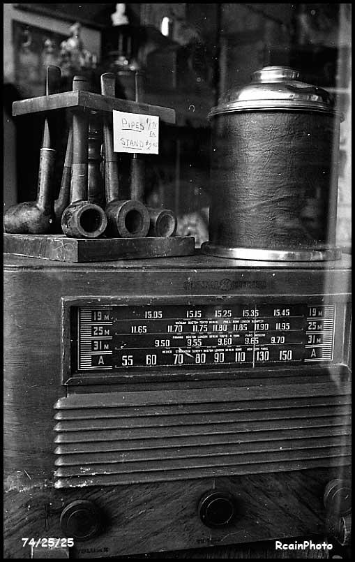 742525-radio,pipe-rack