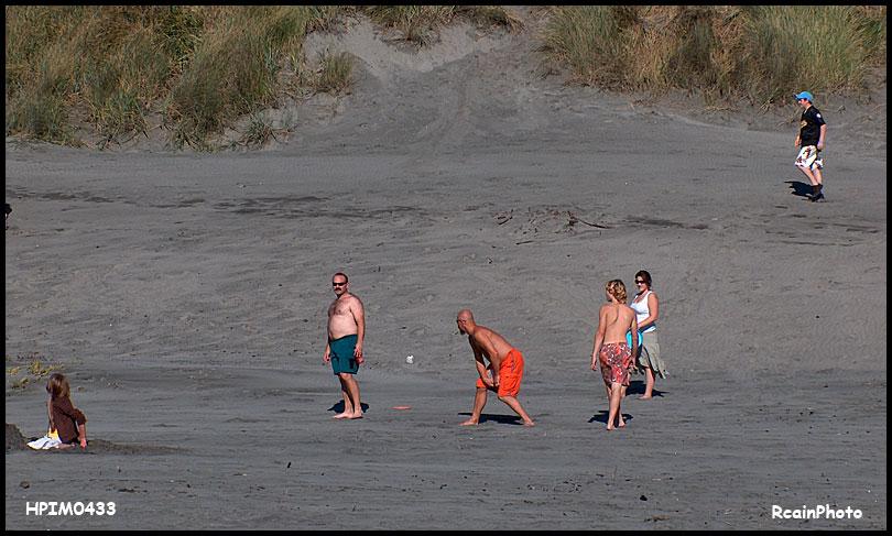 HPIM0433-beach-fun2006