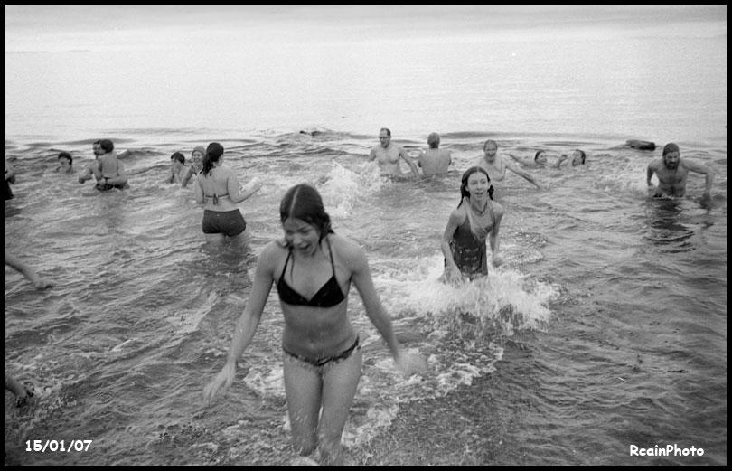 150107-new-years-swim