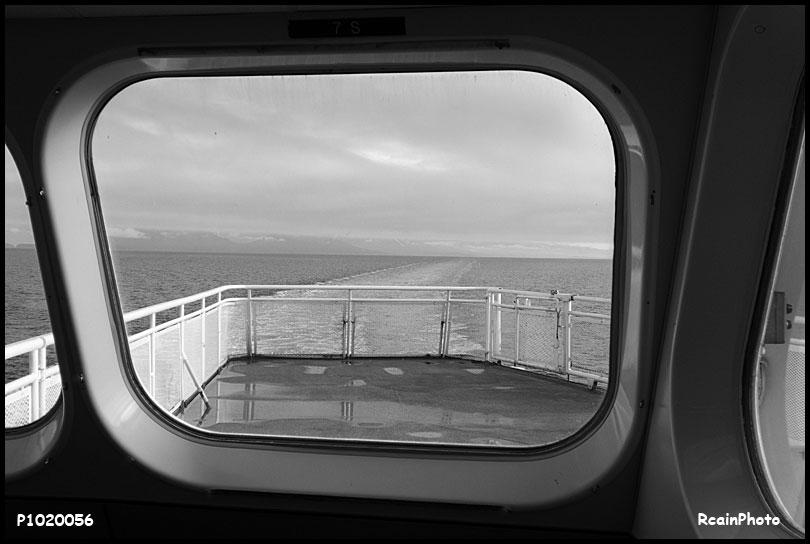 P1020056-ferry-wake