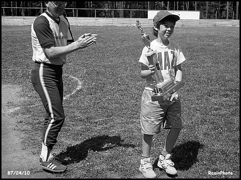 872410-joe-king-baseball