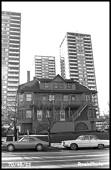 704522-downtown-vancouver